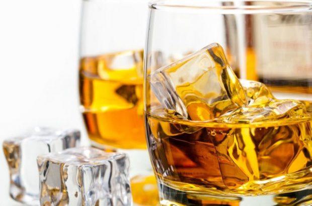 Remedios caseros para la tos con Whisky
