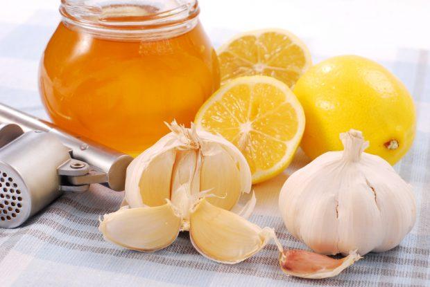 miel, ajo y limón